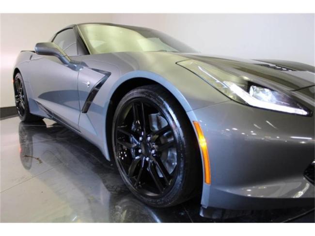 2016 Chevrolet Corvette - Automatic (18)