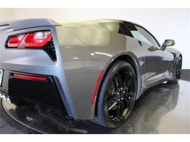 2016 Chevrolet Corvette - Automatic (21)