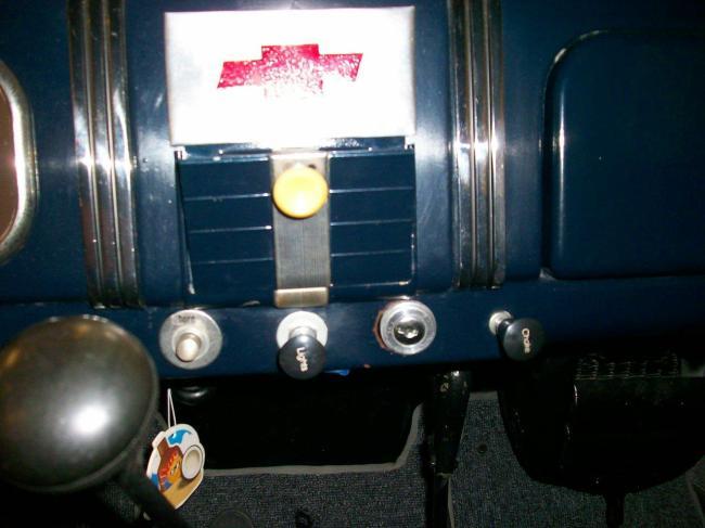 1937 Chevrolet Deluxe - 1937 (10)
