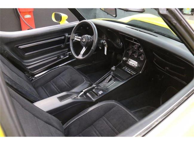 1977 Chevrolet Corvette - Automatic (28)