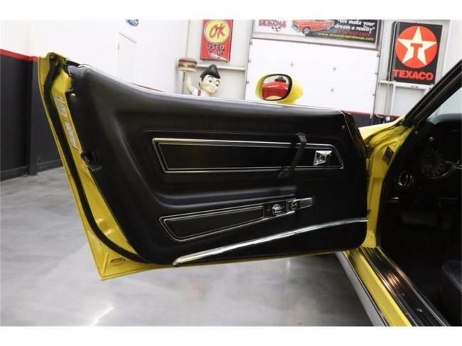 1977 Chevrolet Corvette - Automatic (30)