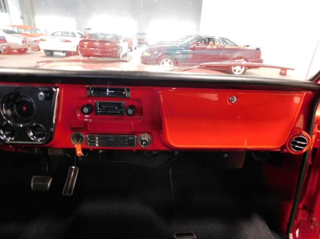 1971 Chevrolet C10 - Chevrolet (65)