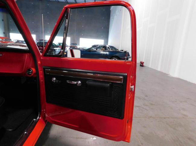1971 Chevrolet C10 - Chevrolet (68)