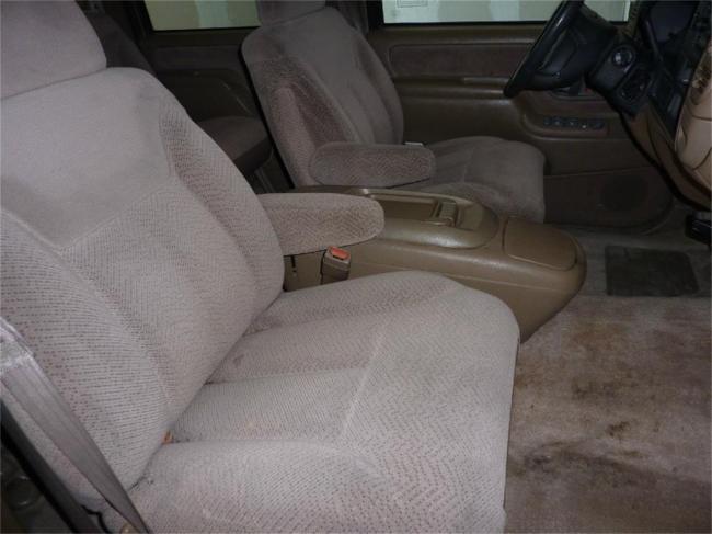 1995 GMC Suburban - Automatic (18)