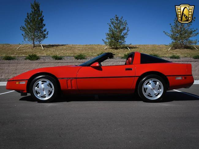 1989 Chevrolet Corvette - Automatic (6)