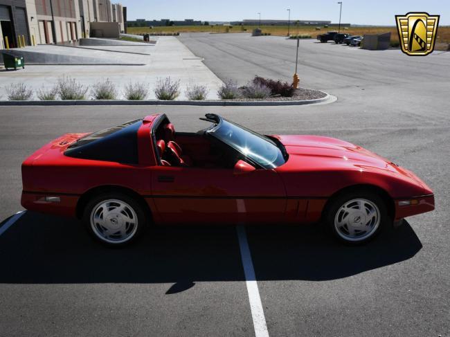 1989 Chevrolet Corvette - Automatic (16)