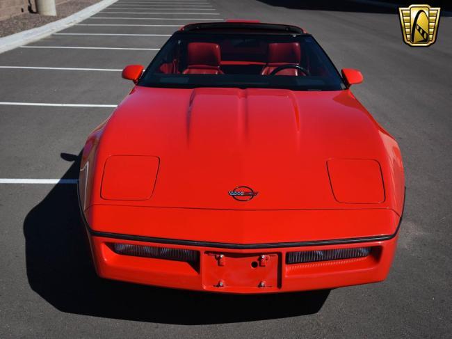 1989 Chevrolet Corvette - Automatic (23)
