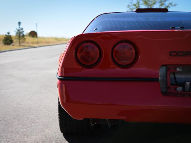 1989 Chevrolet Corvette - Automatic (39)