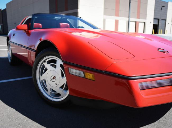 1989 Chevrolet Corvette - Automatic (42)