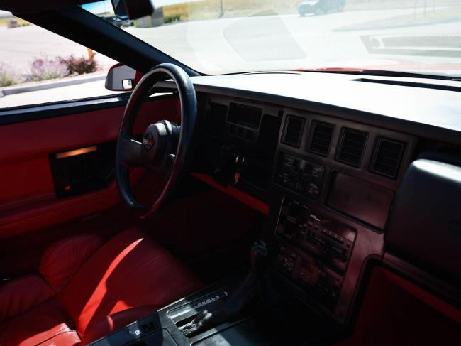 1989 Chevrolet Corvette - Automatic (71)