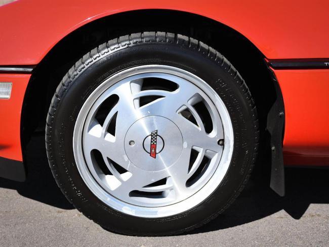 1989 Chevrolet Corvette - Chevrolet (78)