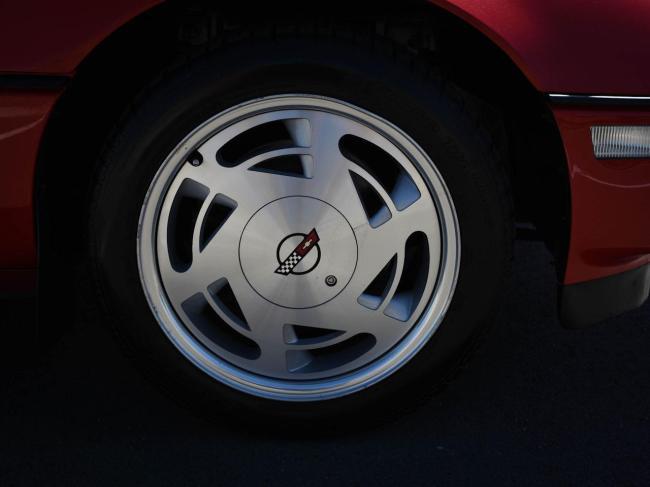 1989 Chevrolet Corvette - Chevrolet (79)