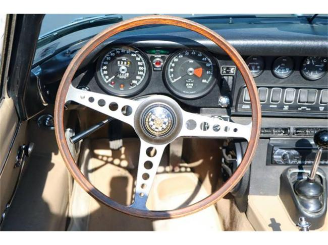 1969 Jaguar E-Type - Manual (4)