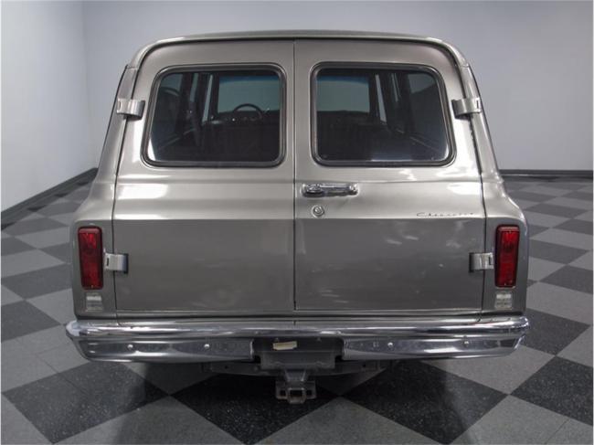1967 Chevrolet Suburban - 1967 (16)