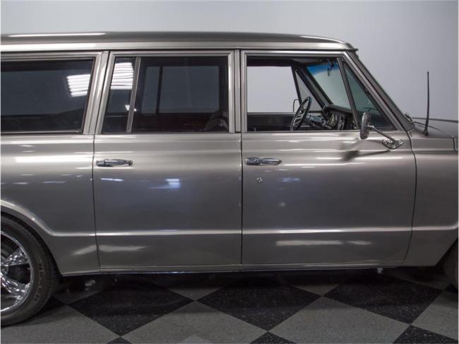 1967 Chevrolet Suburban - 1967 (24)