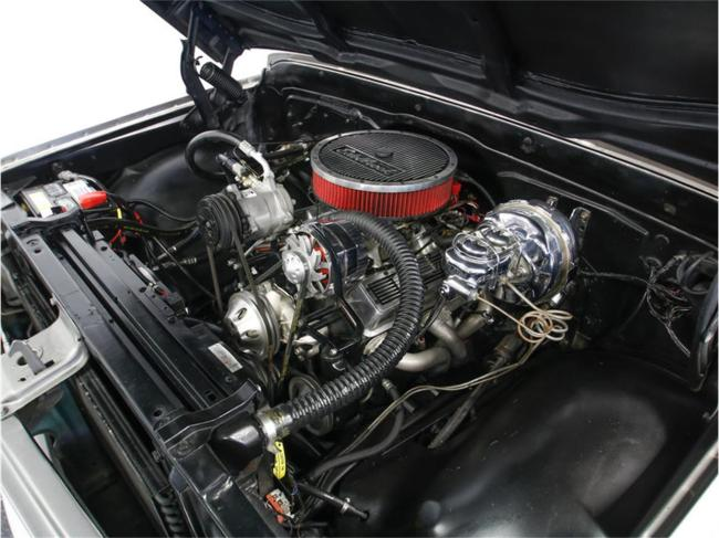 1967 Chevrolet Suburban - Chevrolet (27)