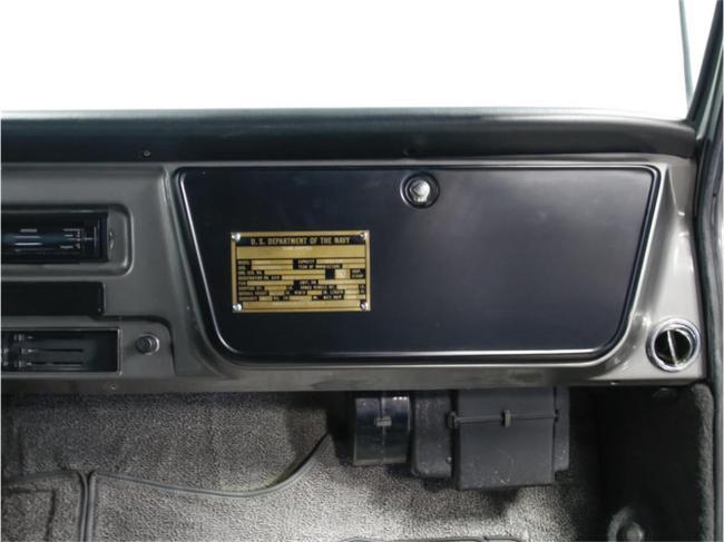 1967 Chevrolet Suburban - Chevrolet (46)