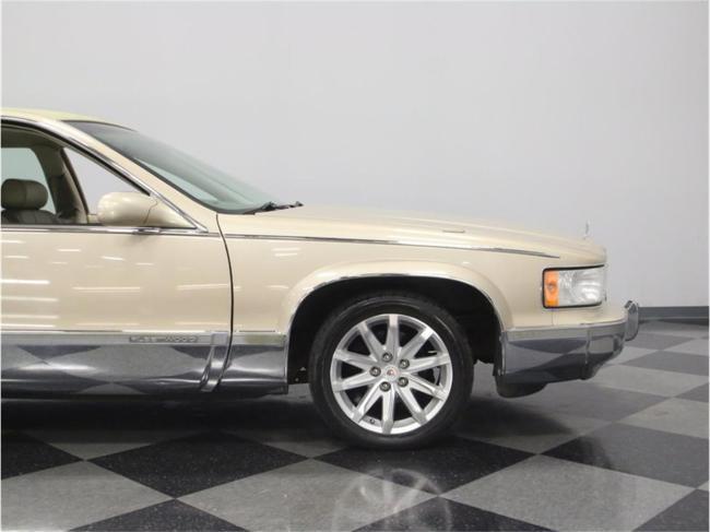 1996 Cadillac Fleetwood - Cadillac (24)
