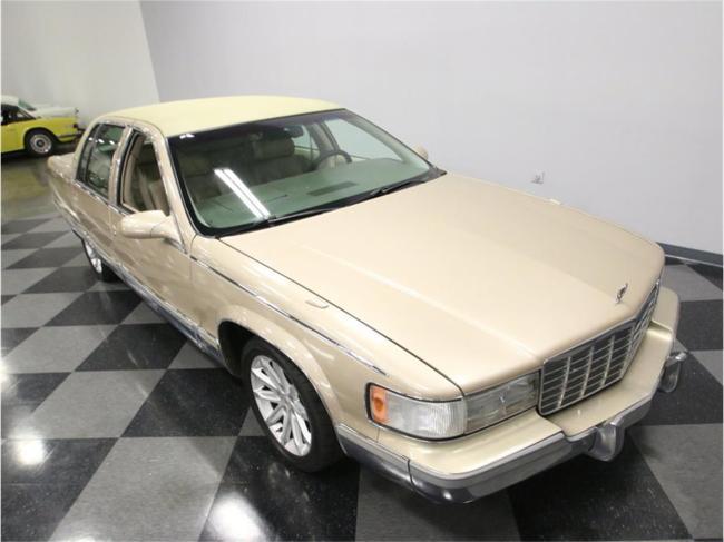 1996 Cadillac Fleetwood - Cadillac (26)