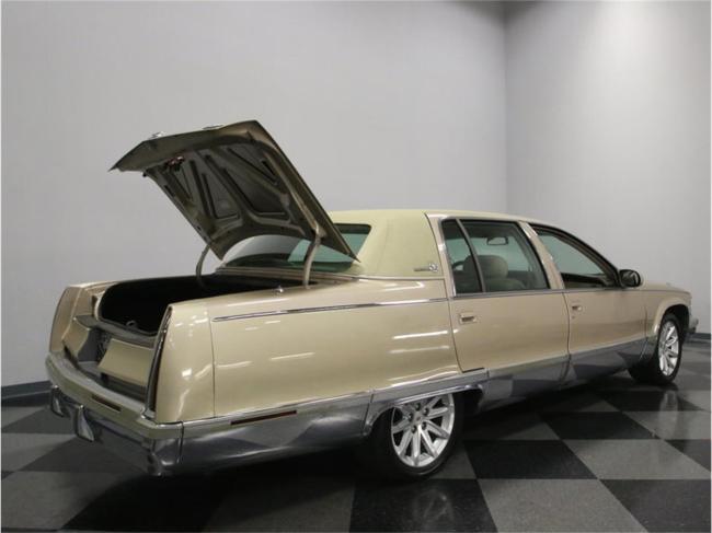 1996 Cadillac Fleetwood - Manual (32)