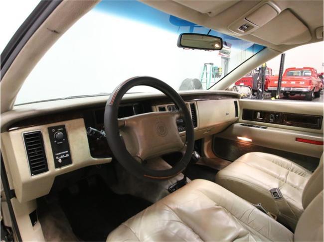 1996 Cadillac Fleetwood - Tennessee (40)