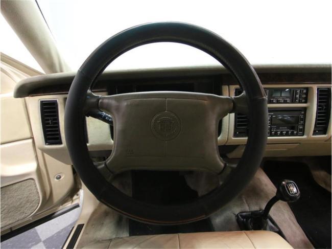 1996 Cadillac Fleetwood - Cadillac (41)