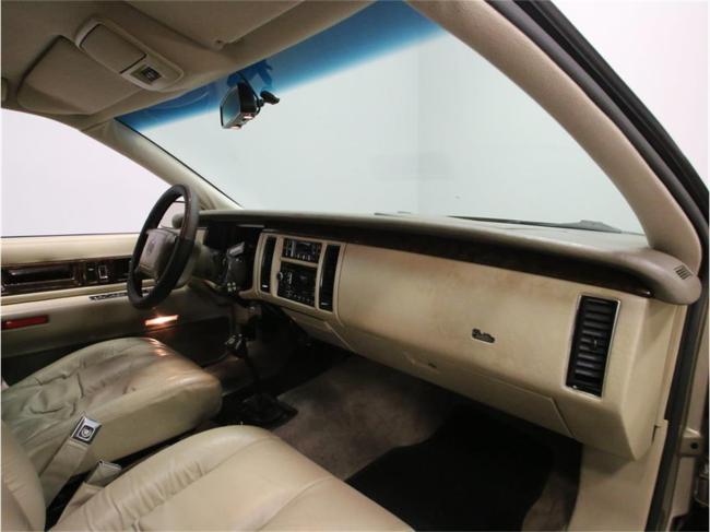 1996 Cadillac Fleetwood - Fleetwood (44)