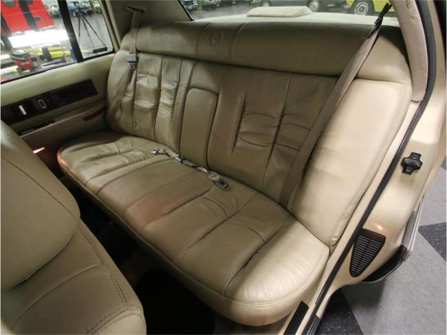 1996 Cadillac Fleetwood - Manual (53)
