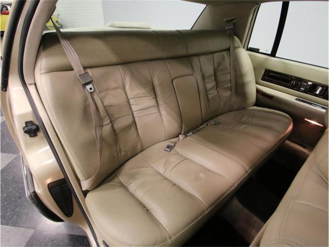 1996 Cadillac Fleetwood - Manual (54)