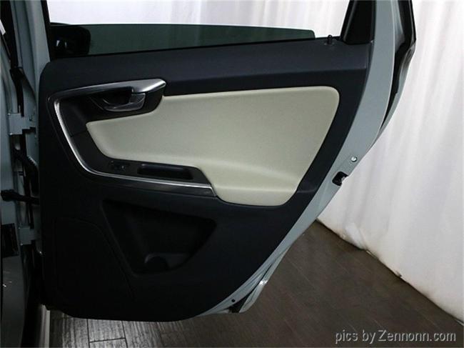2012 Volvo XC60 - Illinois (24)