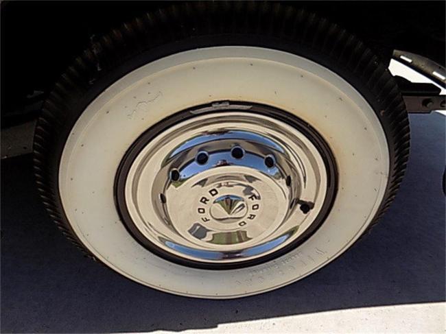 1950 Ford Crestliner - Ford (50)