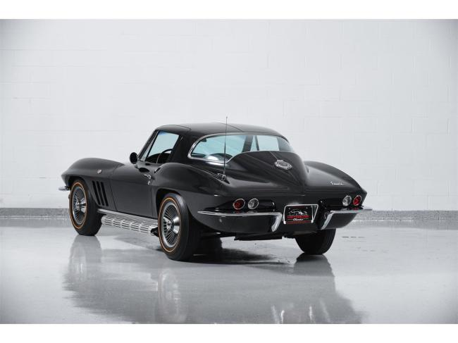 1966 Chevrolet Corvette - Manual (4)