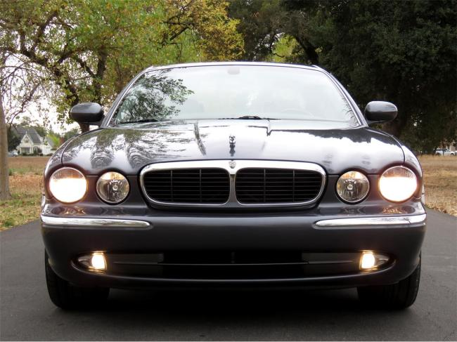 2004 Jaguar XJ8 in Sonoma, California