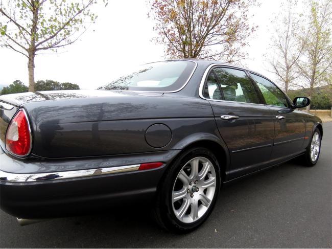 2004 Jaguar XJ8 - 2004 (25)