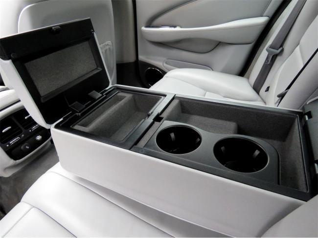 2004 Jaguar XJ8 - Jaguar (58)