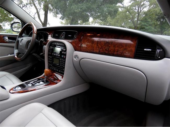 2004 Jaguar XJ8 - XJ8 (63)