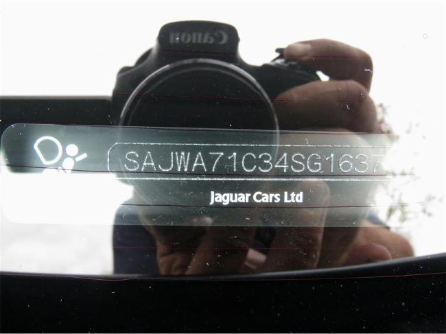 2004 Jaguar XJ8 - Jaguar (84)