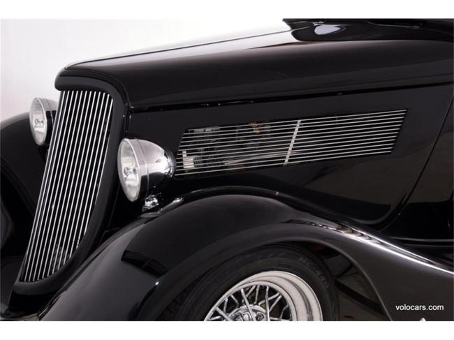1934 Ford 3-Window Coupe - Ford (19)