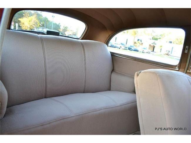 1940 Chevrolet Super Deluxe - Super Deluxe (24)