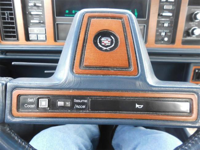 1987 Cadillac Seville Elegante - 1987 (30)