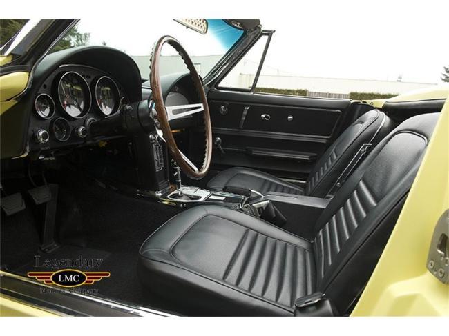 1967 Chevrolet Corvette - Chevrolet (32)