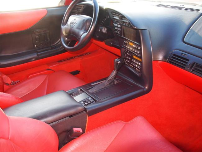 1995 Chevrolet Corvette - Automatic (26)
