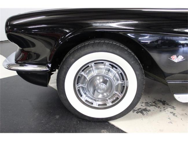 1961 Chevrolet Corvette - Chevrolet (7)