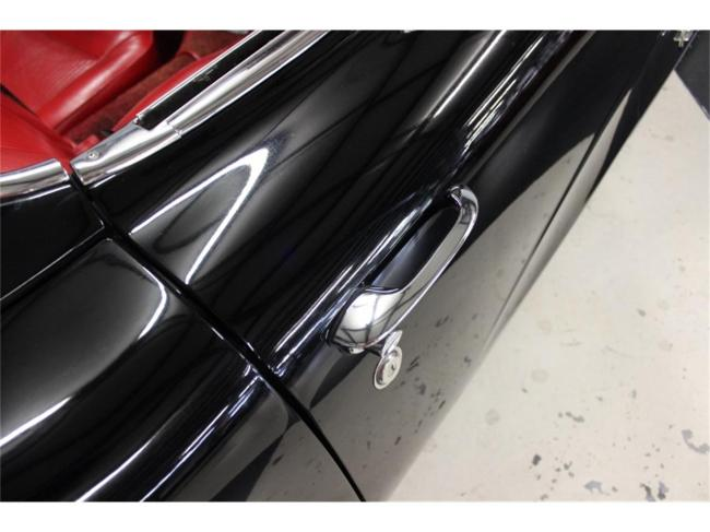 1961 Chevrolet Corvette - Chevrolet (40)