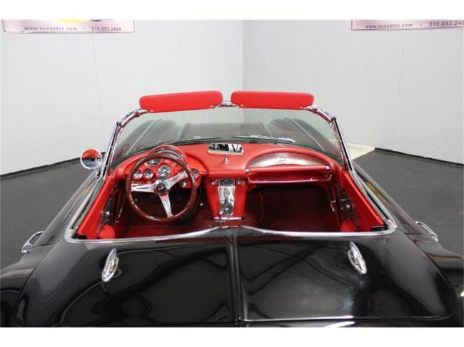 1961 Chevrolet Corvette - Corvette (59)