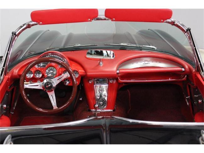 1961 Chevrolet Corvette - Corvette (60)