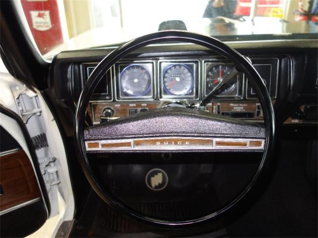 1972 Buick GSX - Automatic (31)