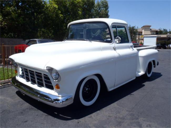 1955 Chevrolet 3600 in Thousand Oaks, California