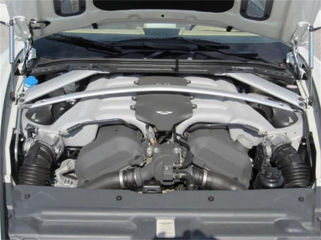 2009 Aston Martin DB9 - 2009 (13)