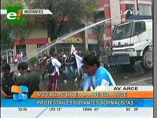 Jornada de movilizaciones en La Paz concluye con enfrentamientos